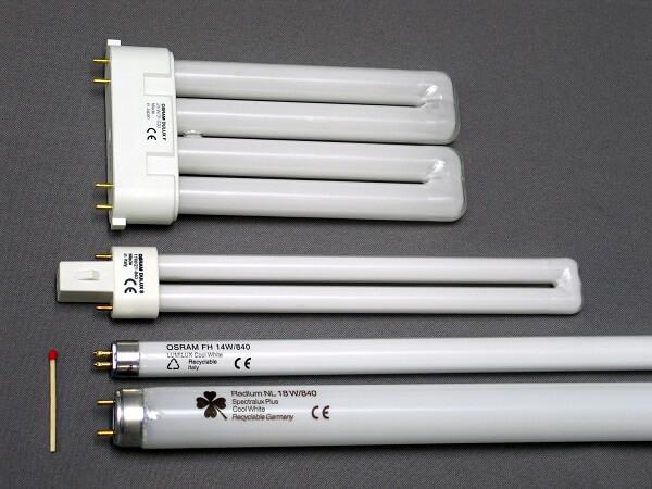 لامپ فلورسنت برای تکمیل نور گلخانه